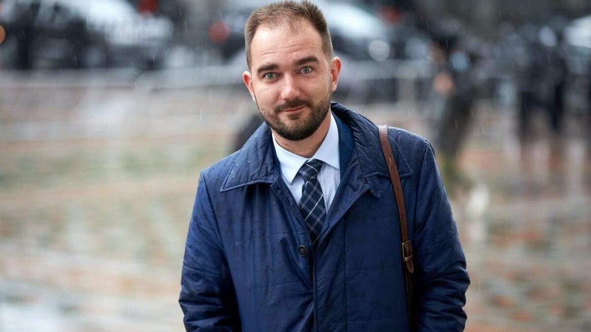 Помощника Юрченко поймали на взятке: нардеп выйдет из Слуги народа