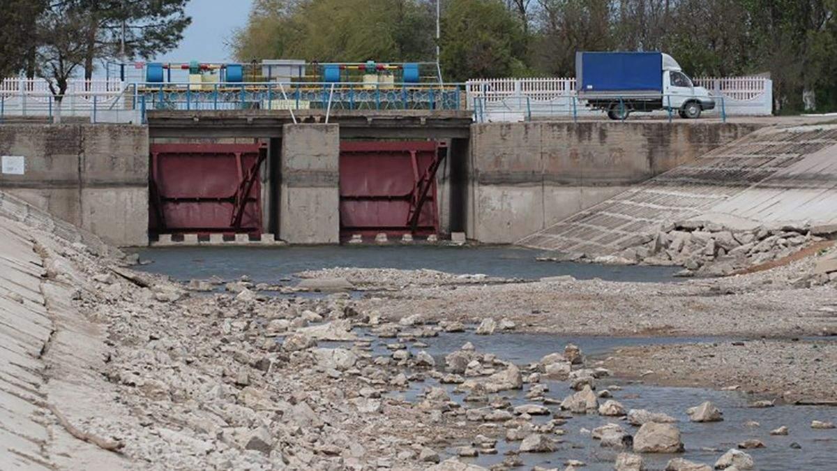 Росаійські окупанти у Криму вигадують байки про Україну, щоб повернути воду