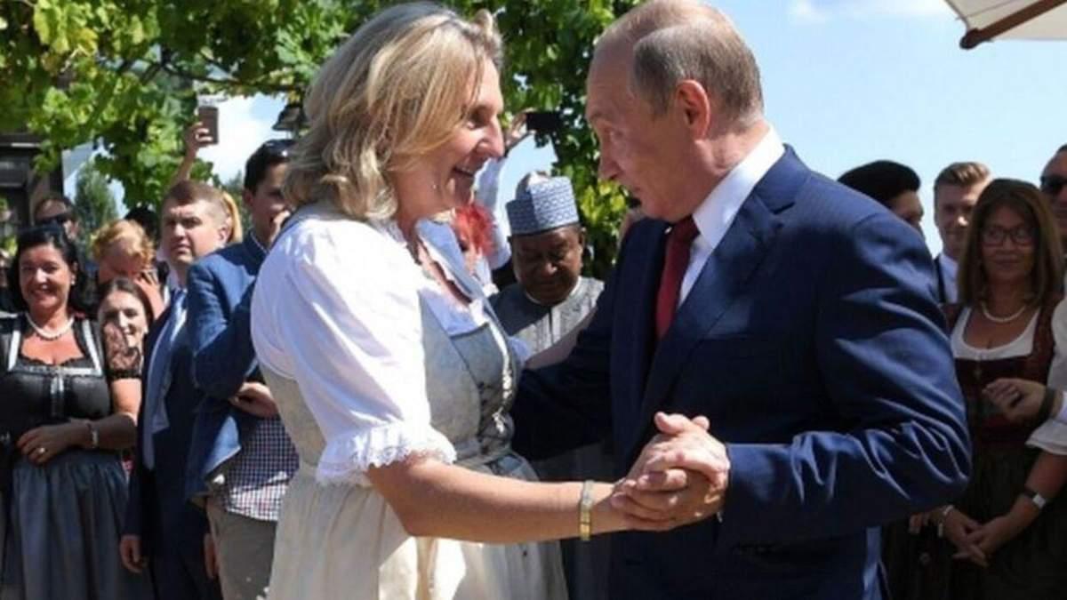 Танец Путина и бывшей главы МИД Австрии: реакция Зелинского