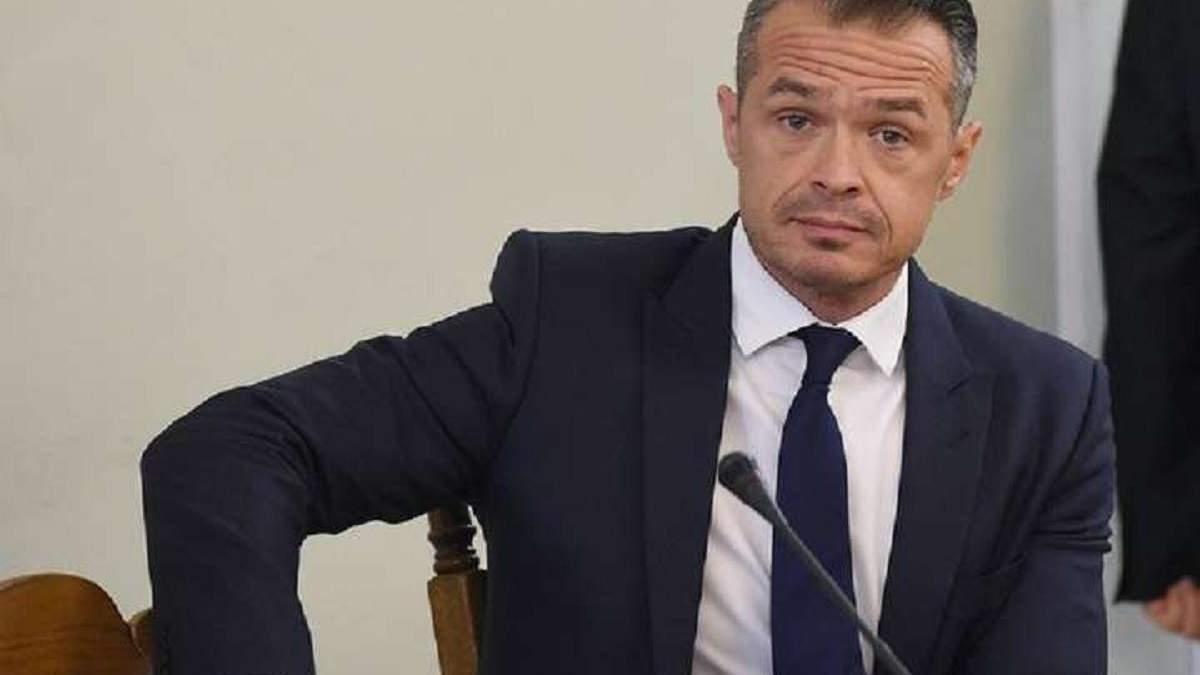 Польские следователи нашли в тайниках экс-главы Укравтодора миллион евро наличными