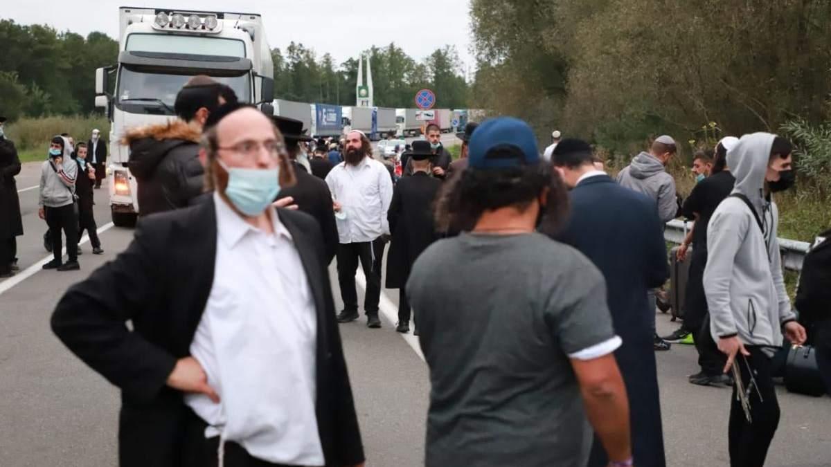 Офис Президента отреагировал на ситуацию с хасидами на границе