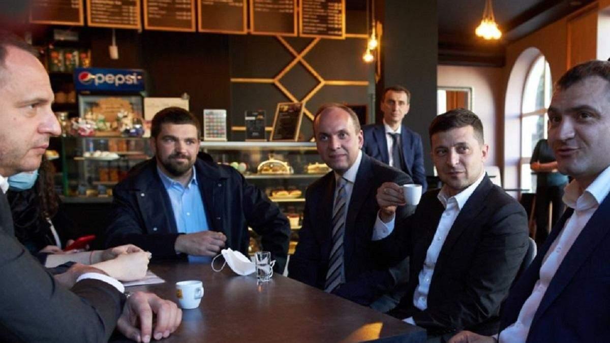 Штрафы Зеленского: Верховный суд решил обратиться в КСУ