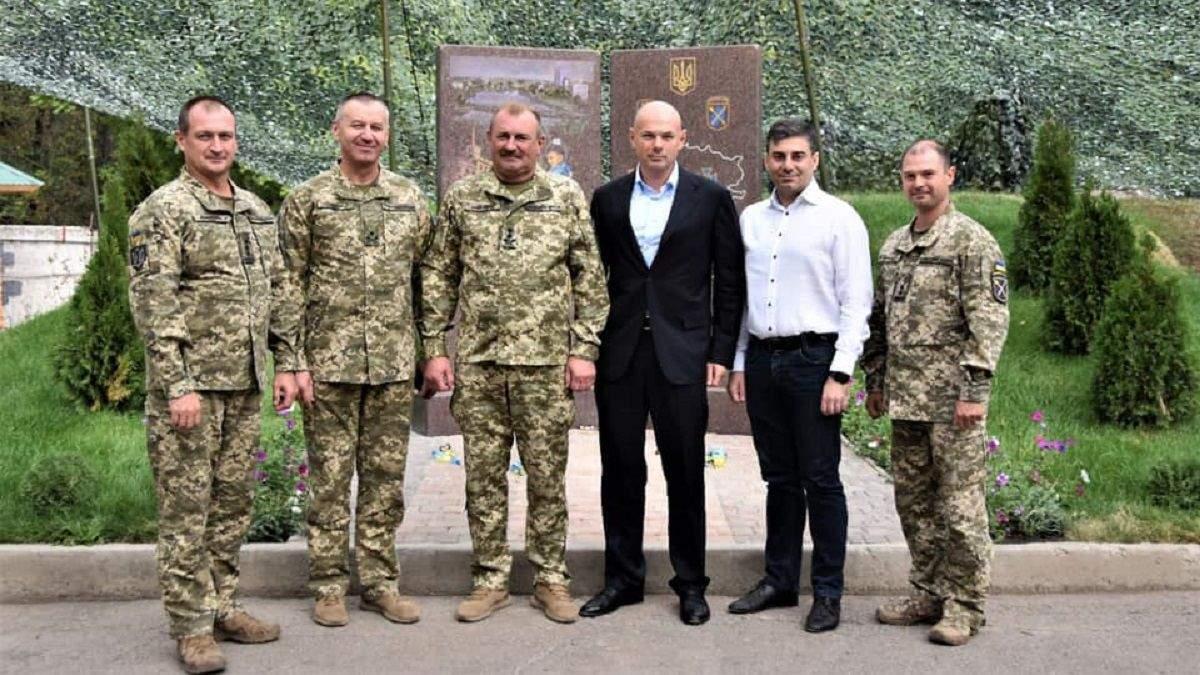 Игорь Палица встретился с военными в Донецкой области