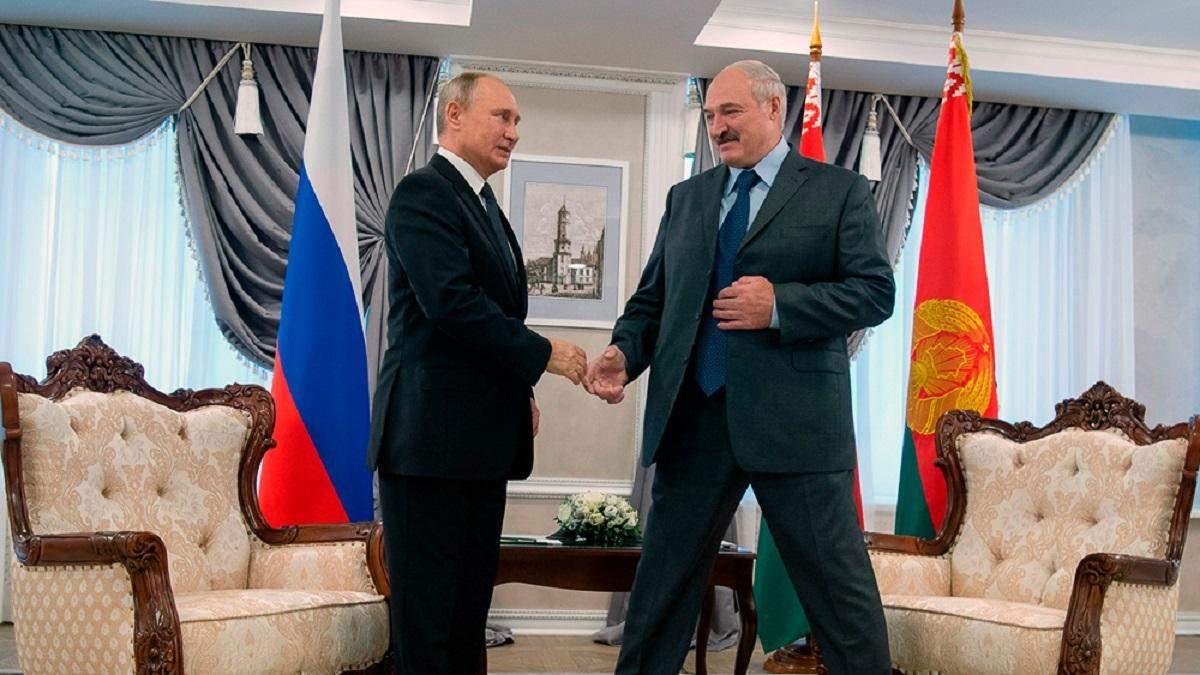 Схема на 500 мільйонів: Росія дасть Білорусі новий кредит, щоб та могла повернути попередні