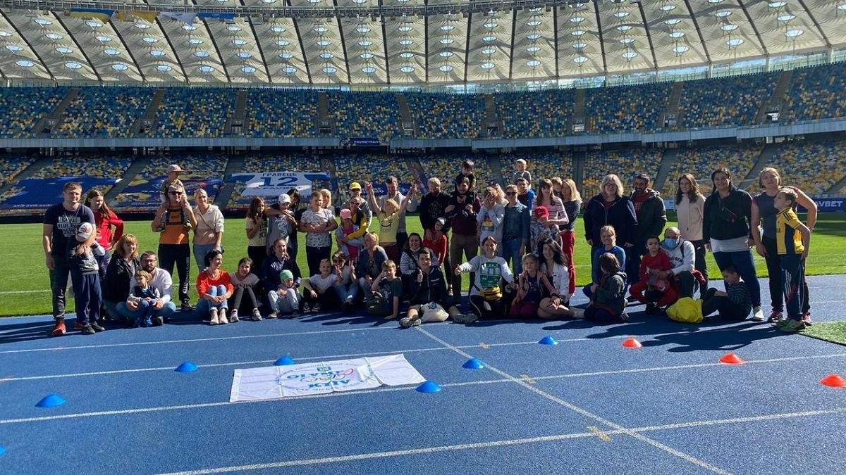 Місіонери-2020: Сергій Жадан і Фіма Чупахін провели концерт для дітей з аутизмом