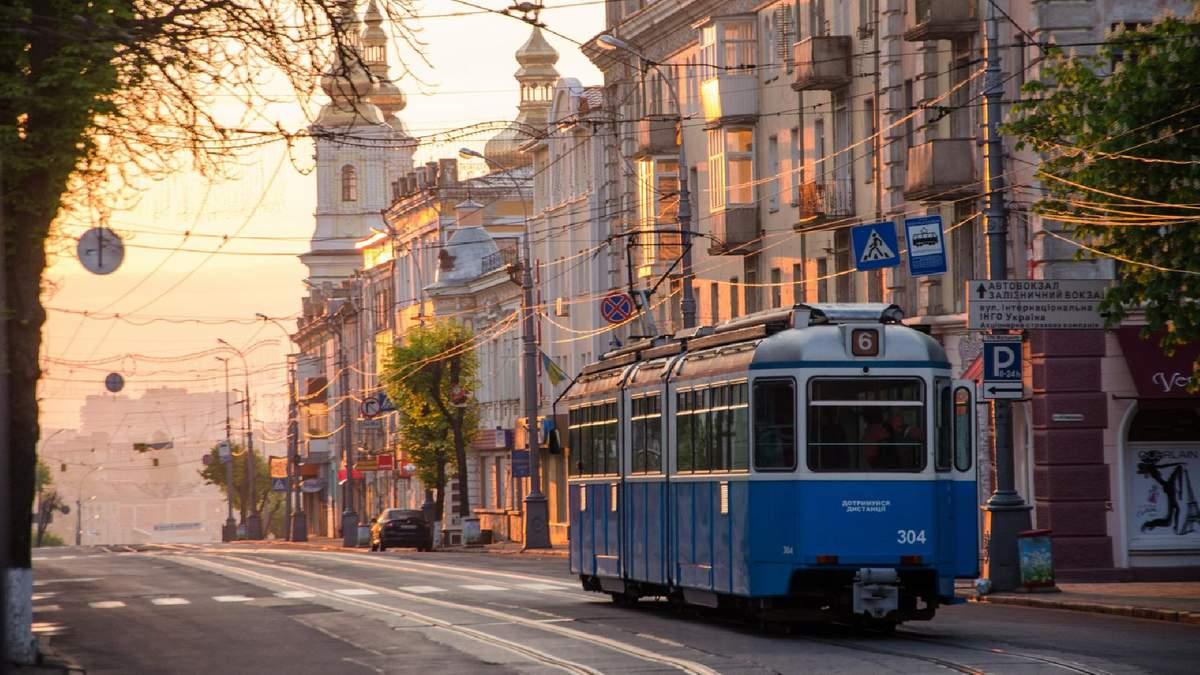 Скільки українців хочуть, щоб їхні діти жили в Україні: опитування