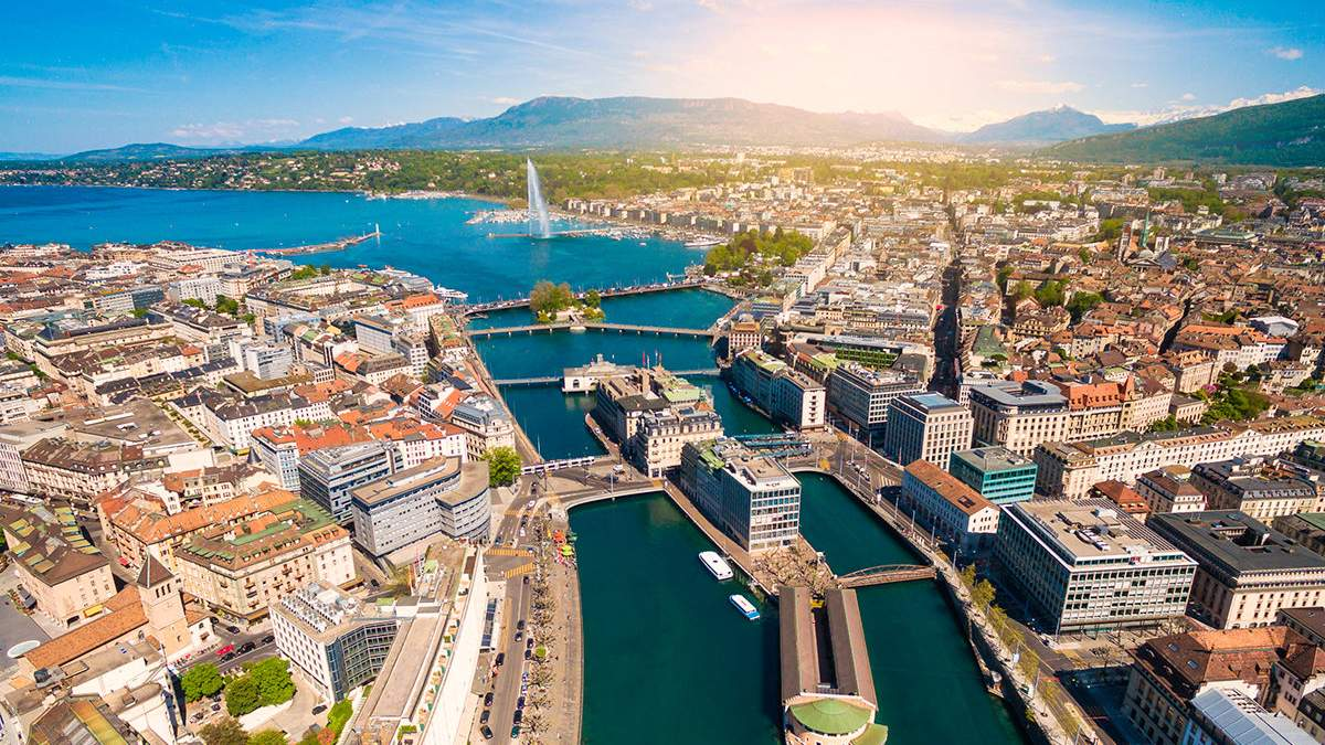 Мінімальна зарплата в Женеві становитиме 700 гривень на годину