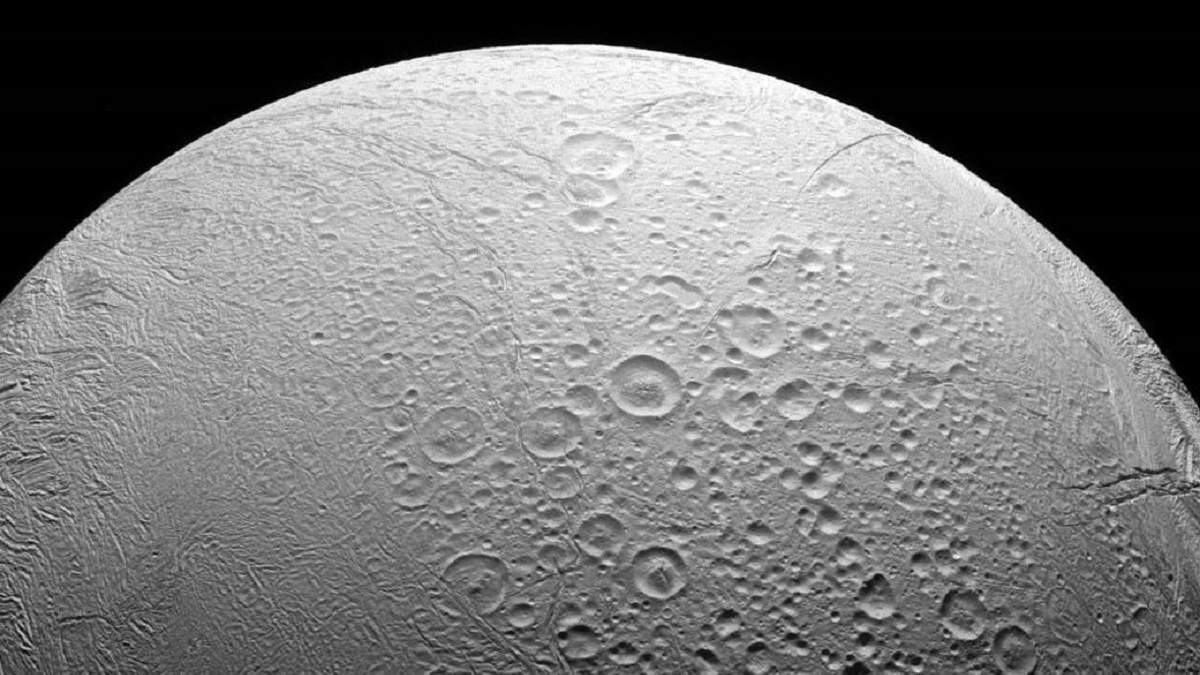 Спутник Сатурна – Энцелад
