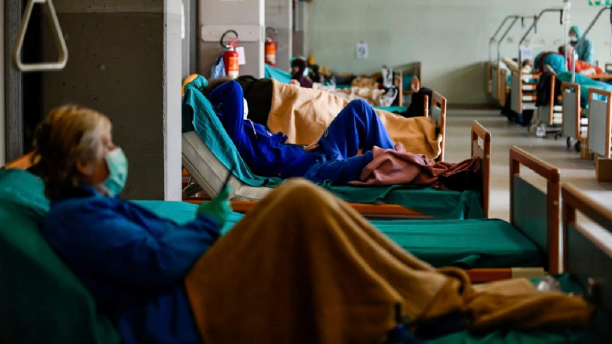 Волонтерка розкритикувала владу за витрати з коронавірусного фонду