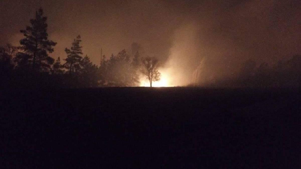 Боевики использовали пожары на Луганщине для ночных обстрелов