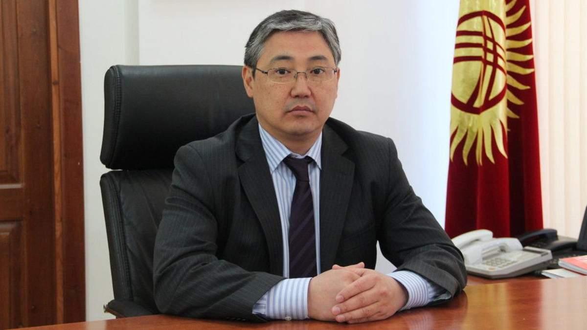 Киргизские протесты в действии: В Бишкеке появился новый временный мэр
