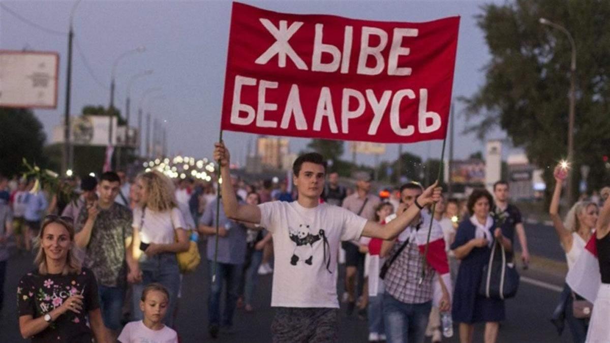 У Білорусі майже сотня політв'язнів: їх вимагають звільнити