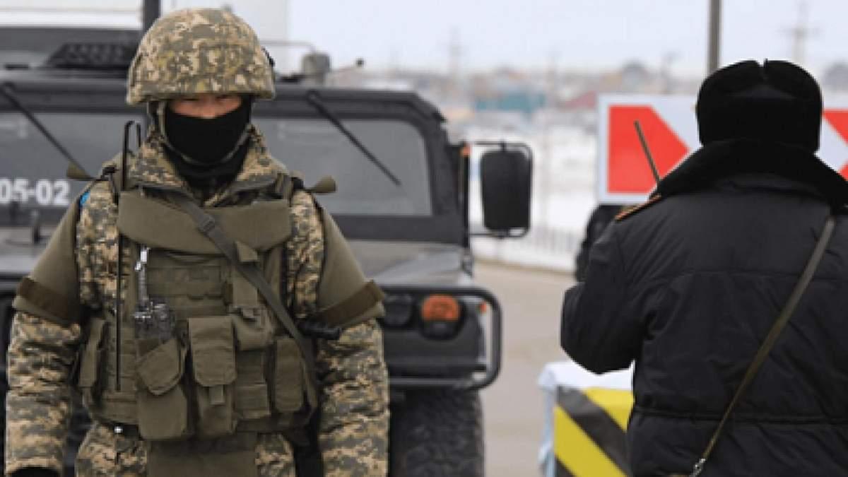 В столицу Кыргызстана Бишкек в рамках режима ЧП 10.10.2020 продолжают взимать военную технику
