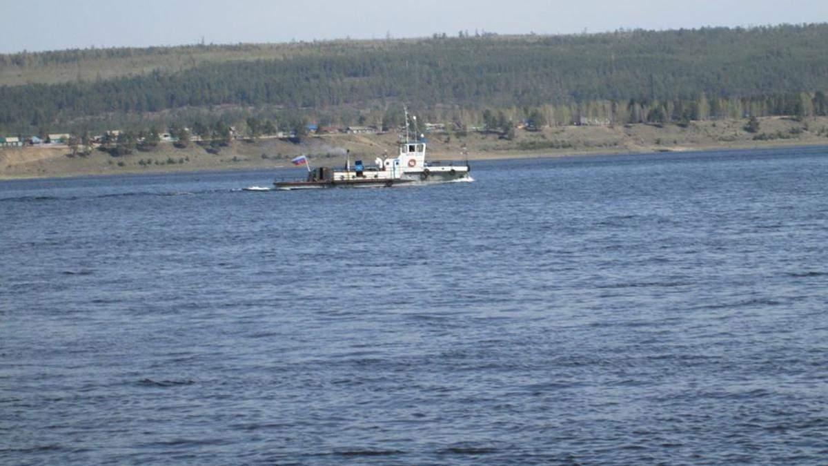 У річку Ангара в Красноярськомукраї РФ потрапило 500 літрів нафтопродуктів: що відомо