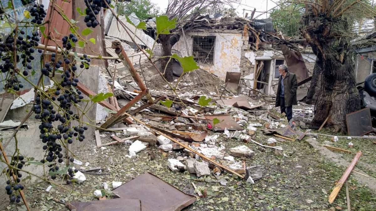 Майже половина населення покинула домівки в Нагірному Карабасі