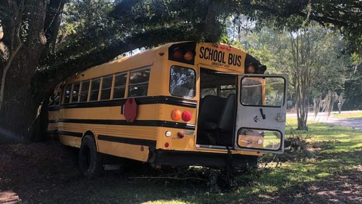 У США 11-річний хлопчик викрав шкільний автобус: фото, відео