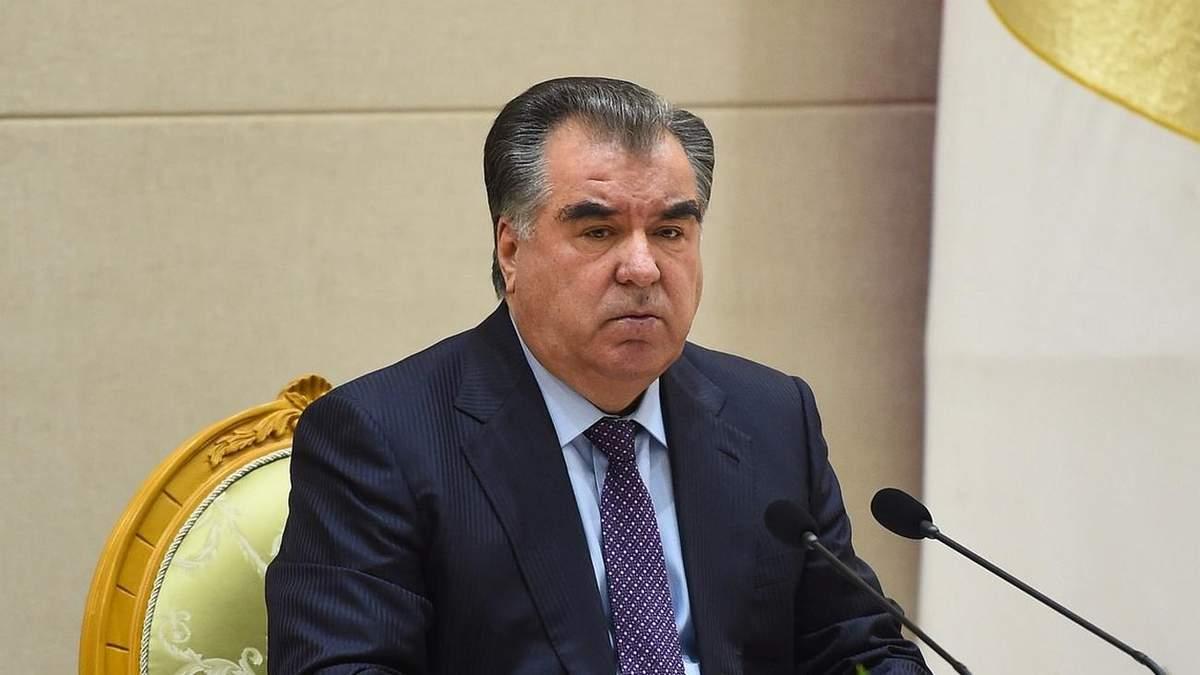 Президент Таджикистану Рахмон виграв свої 5 вибори
