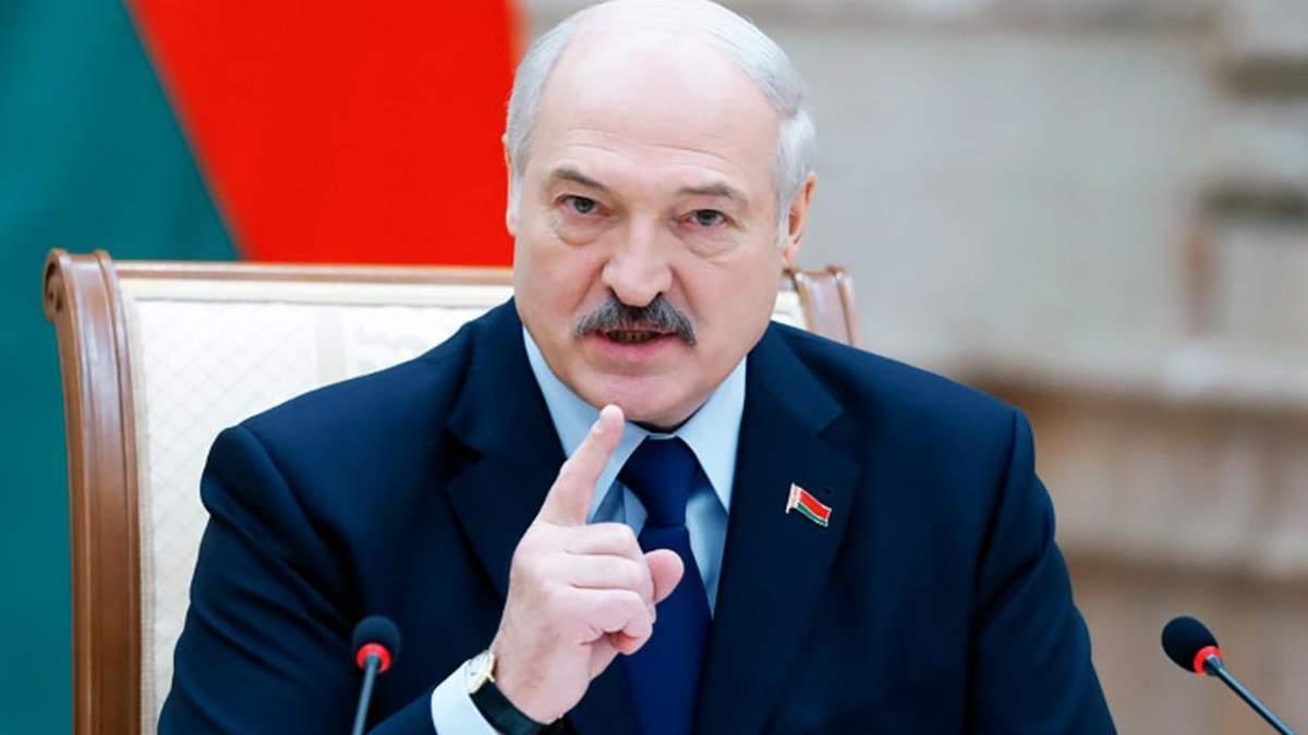 Лукашенкові пропонують передати частину повноважень