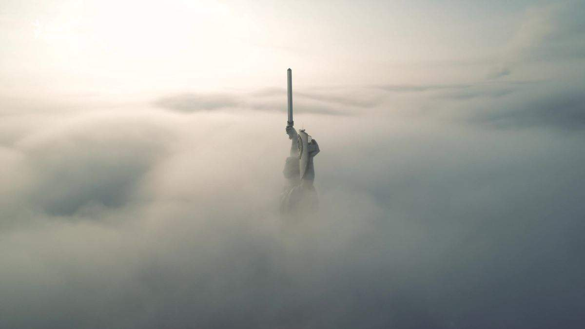 Київ опинився у тумані, який сприяє забрудненню повітря