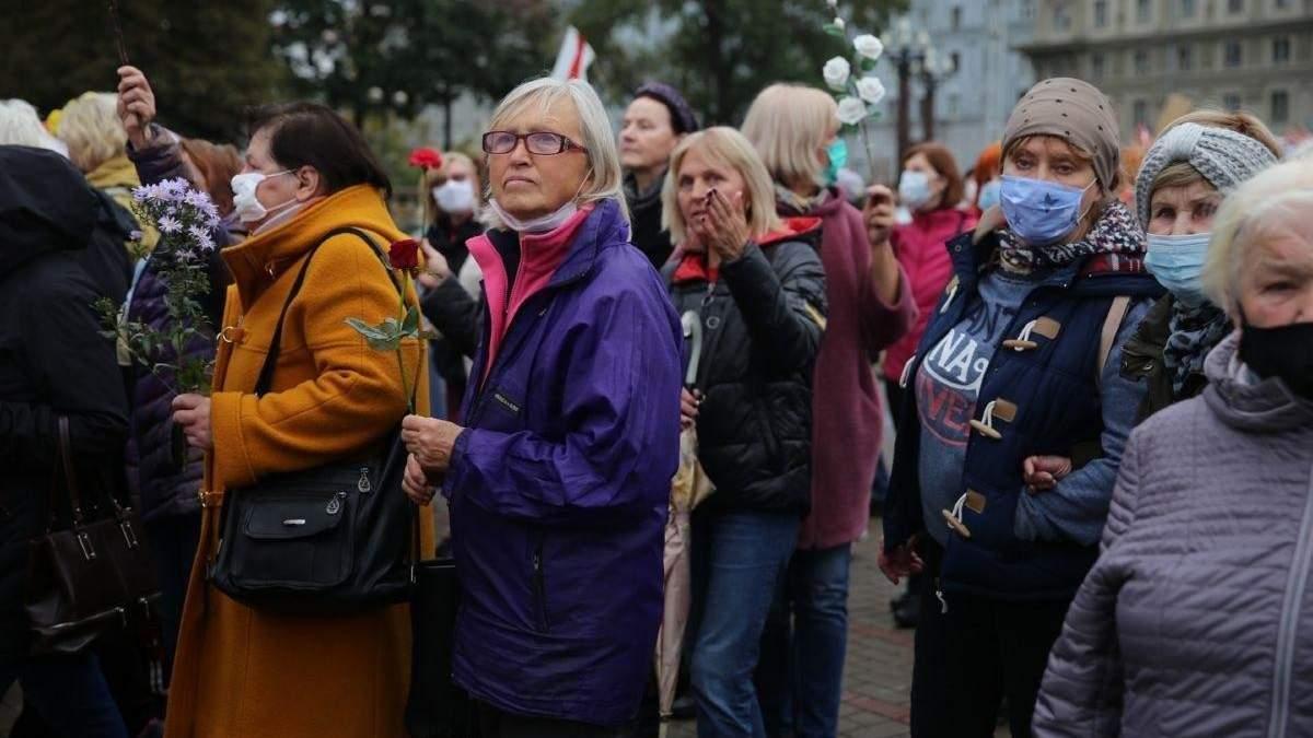 Силовики у Мінську розігнали Марш пенсіонерів 12.10.2020