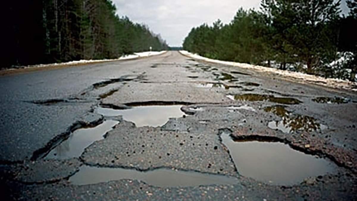 Експерт розповів, як крадуть на будівництві доріг