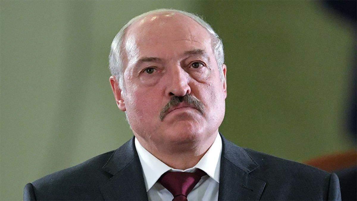 Лукашенко очень низко пал в глазах мирового сообщества