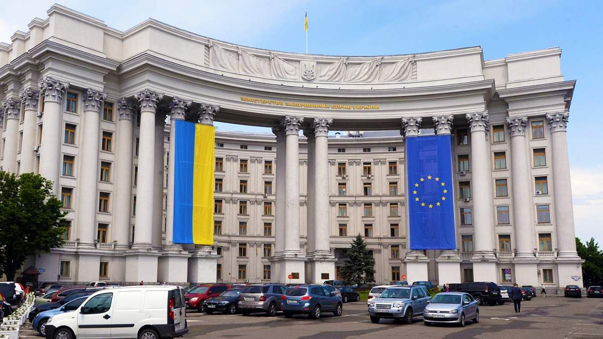 В українському МЗС відповіли на закиди Білорусі щодо втручання у внутрішні справи