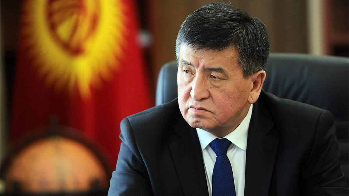 Протесты в Кыргызстане: президент Сооронбай Жээнбеков заявил, что уходит в отставку