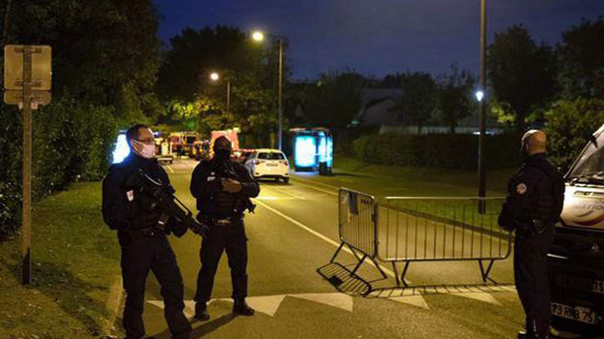 Теракт во Франции 16 октября: напавший – гражданин России