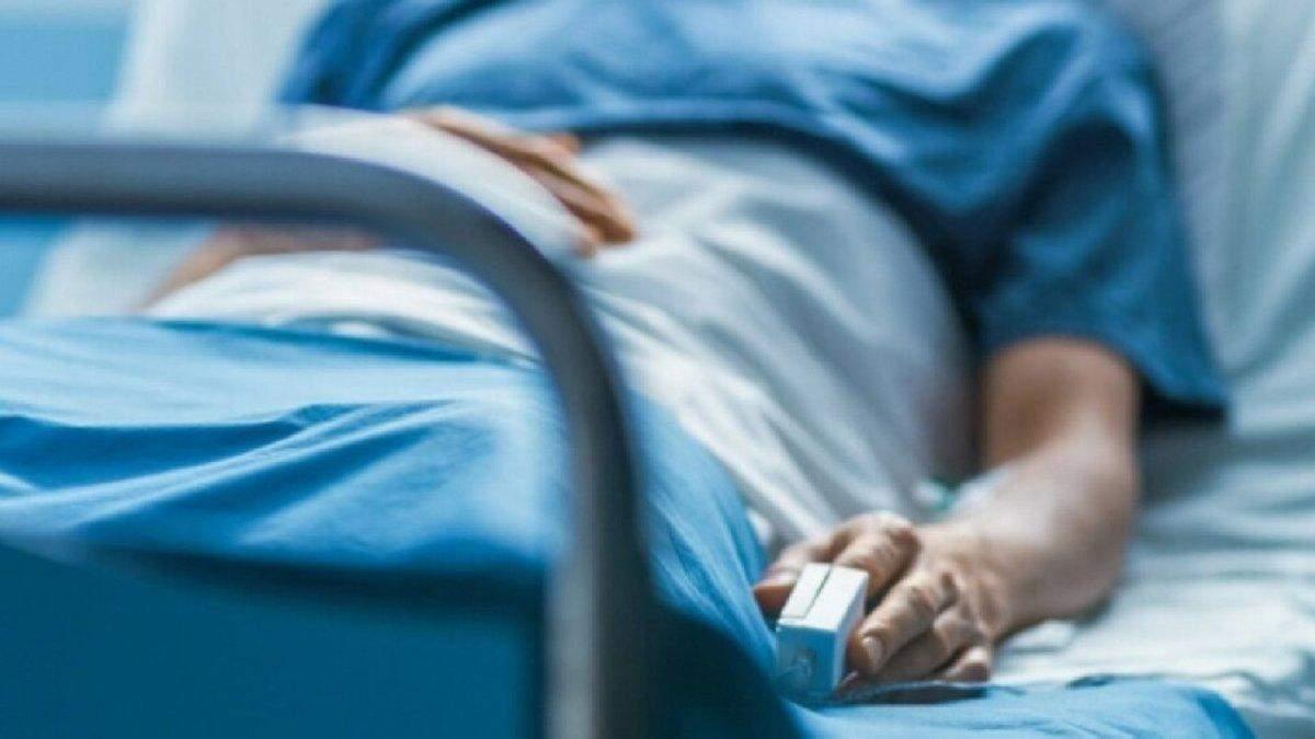 Хто в Україні найчастіше помирає від COVID-19: статистика МОЗ