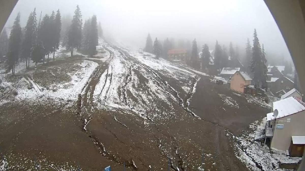 У Карпатах випав сніг 18.10.2020: фото