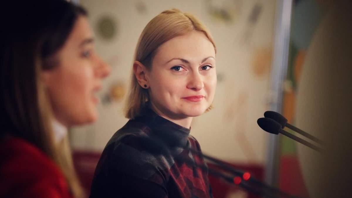 """В """"Слуге народа"""" объяснили, для чего их депутаты едут на Донбасс"""
