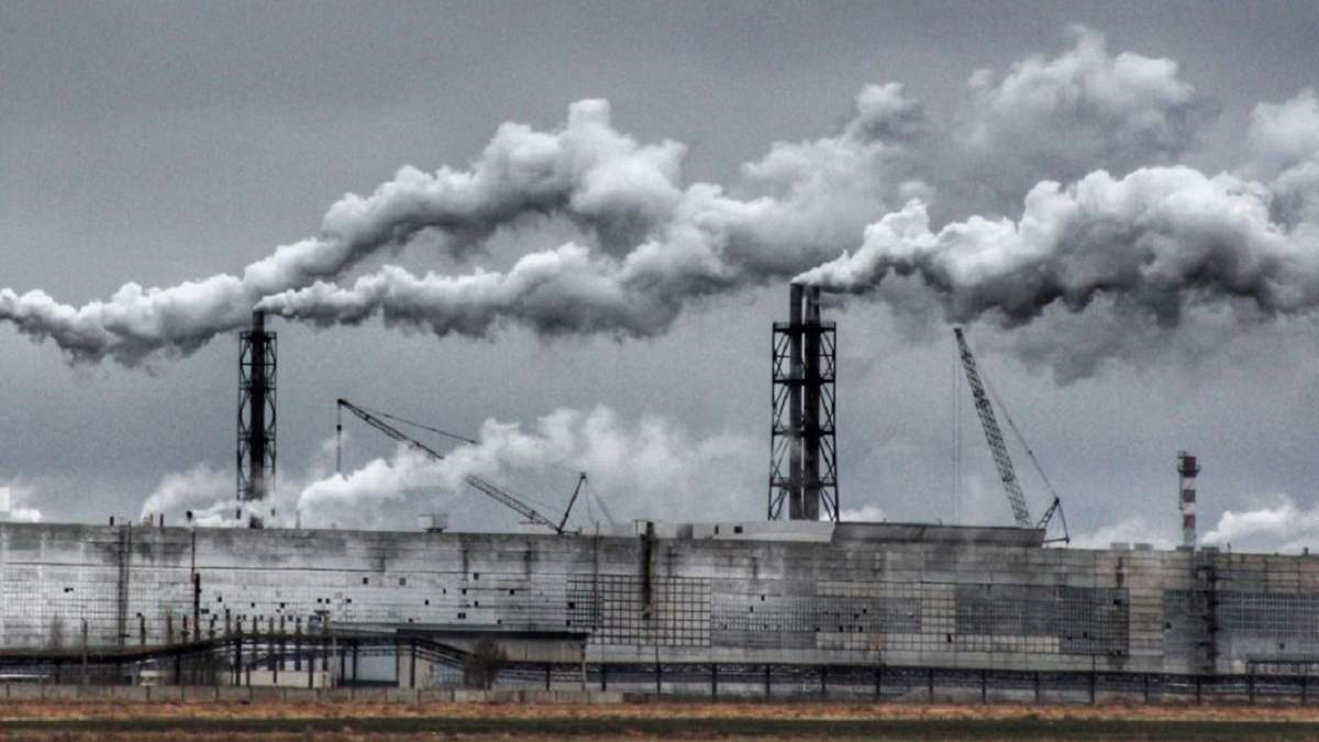 Колишній завод Фірташа в окупованому Криму звільнить робітників