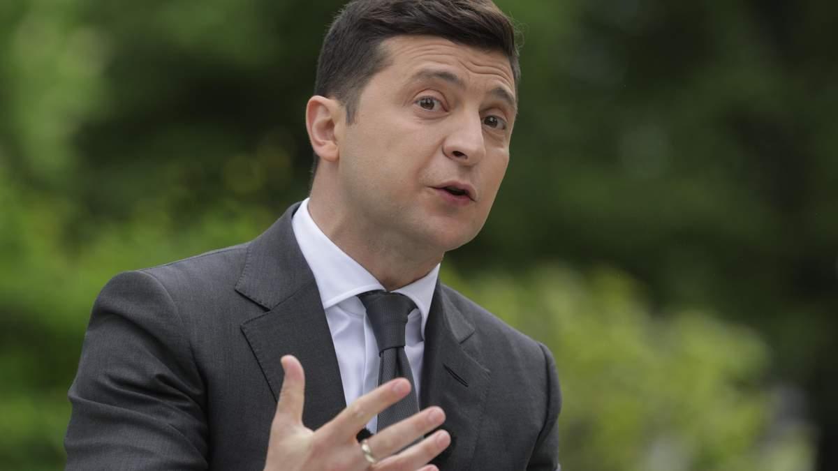 Зеленський зізнався, чому запитає українців про легалізацію канабісу