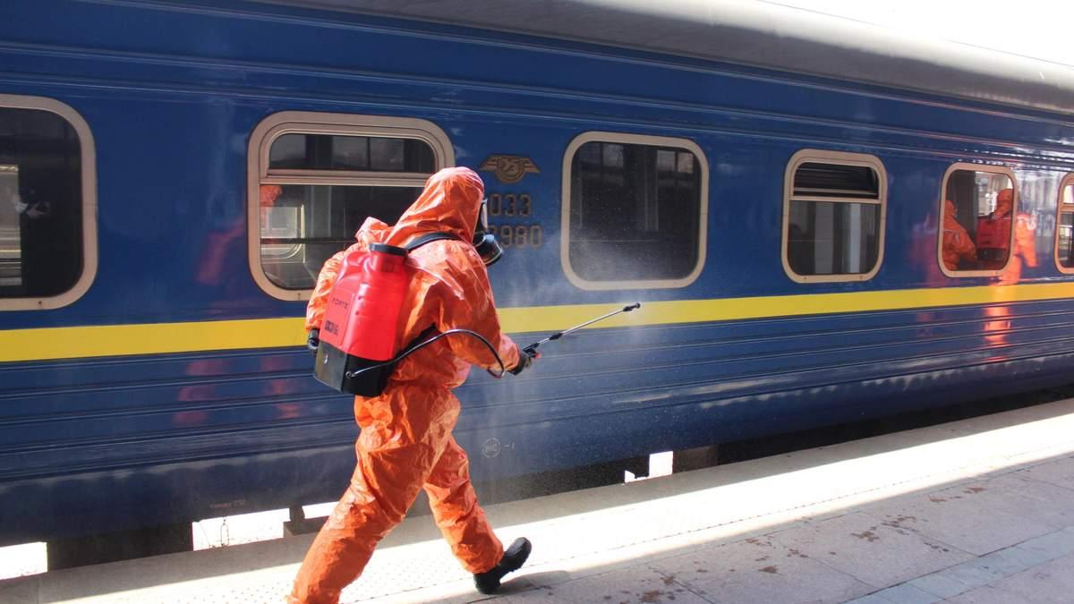 Укрзализныця возобновляет движение поездов с ранее закрытых станций