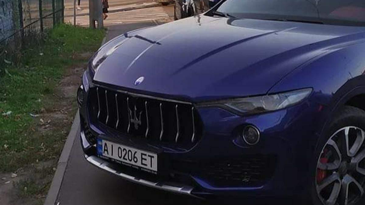 В Киеве заметили невежливую женщину-водителя Maserati