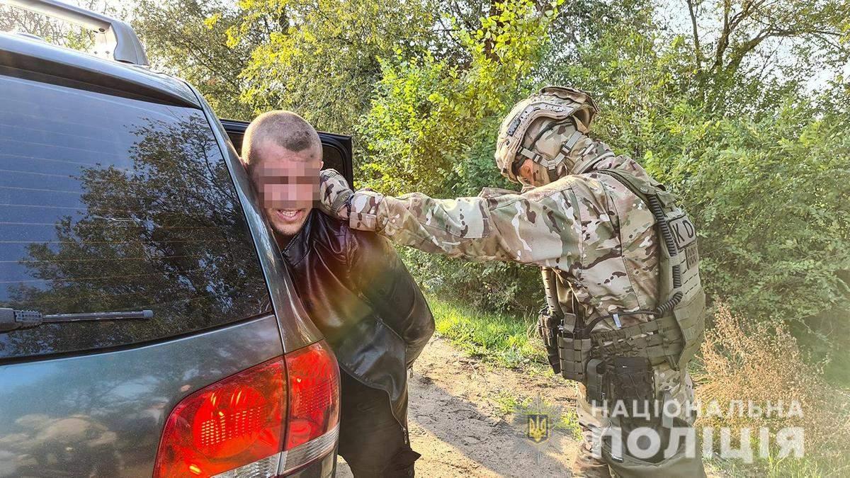28 жовтня у Миколаєві спецназ жорстко затримав озброєних бандитів