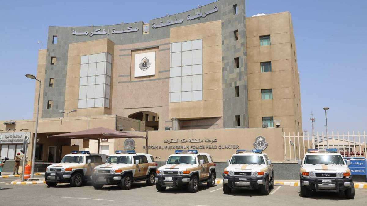Неизвестный напал на консульство Франции в Саудовской Аравии