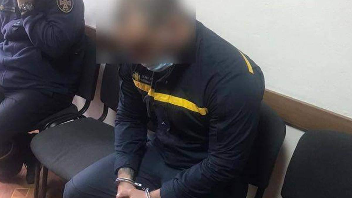 Полиция задержала пожарного: он палил в Одессе машины за деньги