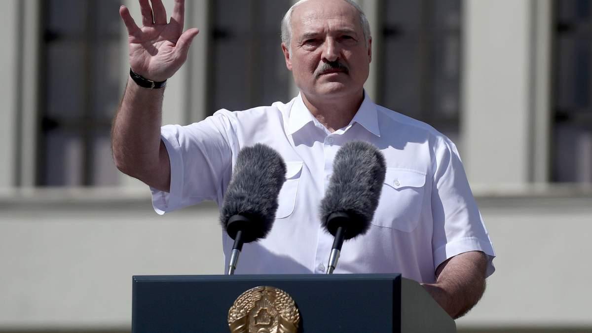 Лукашенко поручил закрыть границу Беларуси: граждан уже не пускают