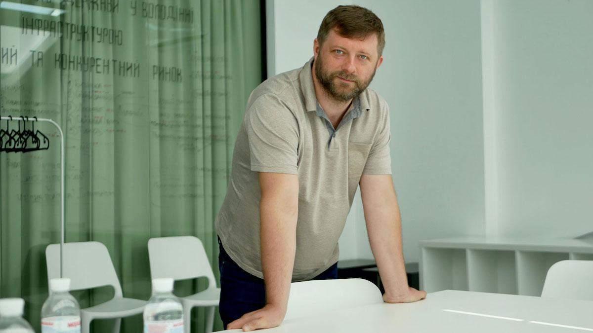 Корнієнко анонсував кадрові чистки в ОДА та РДА після місцевих виборів