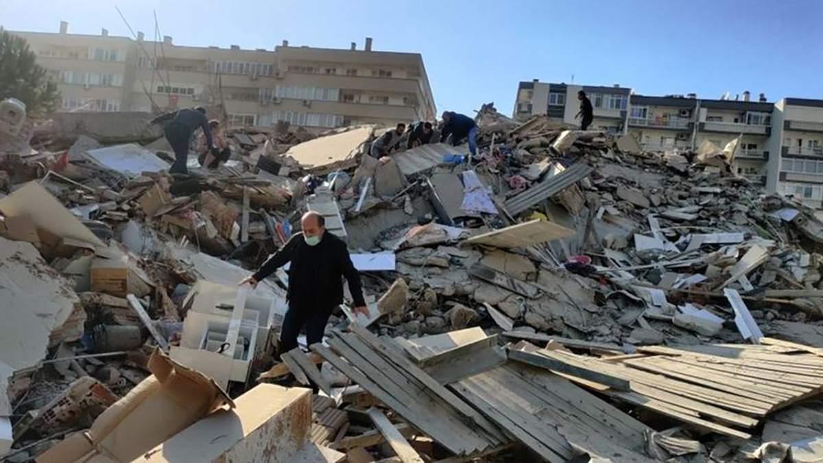 Землетрясение в Турции и Греции 30 октября 2020: есть жертвы – видео, фото