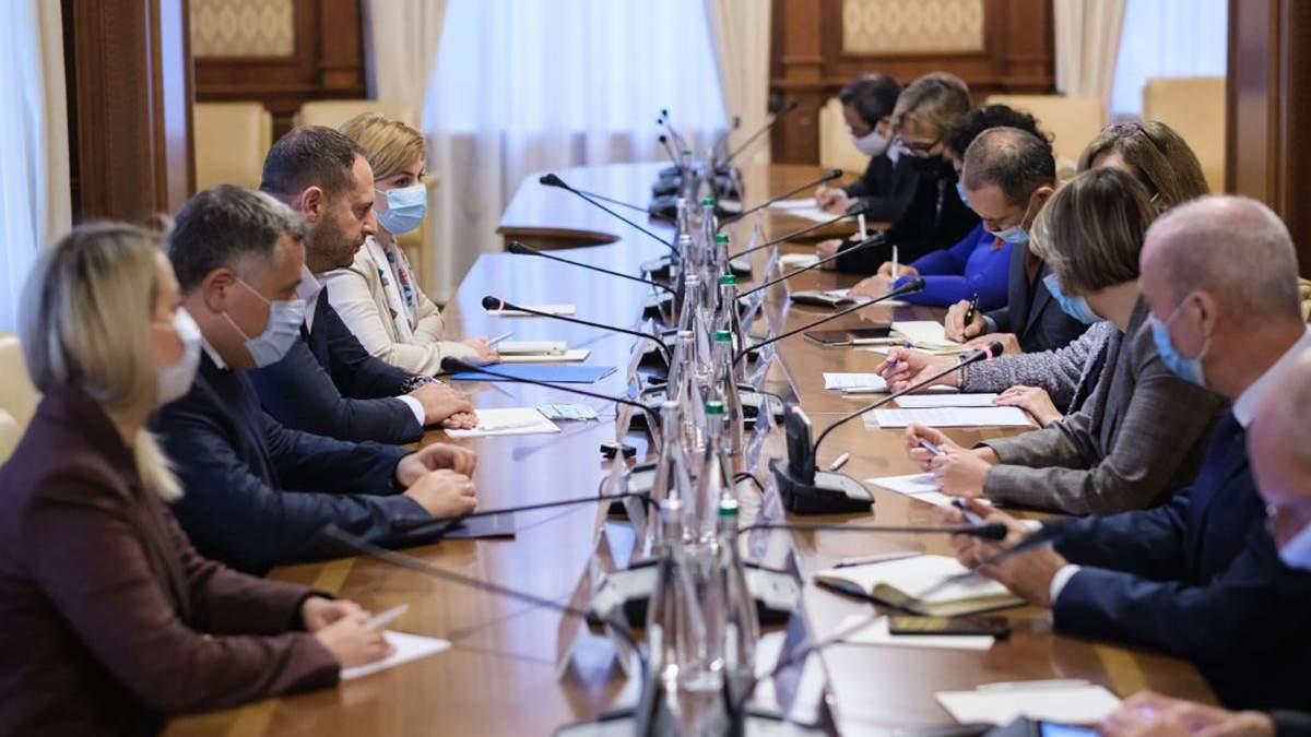 Єрмак розповів послам G7 про ситуацію на Донбасі: головне