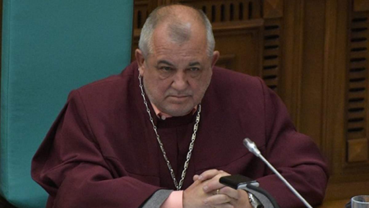 Суд закрив справу проти судді КСУ Мойсика