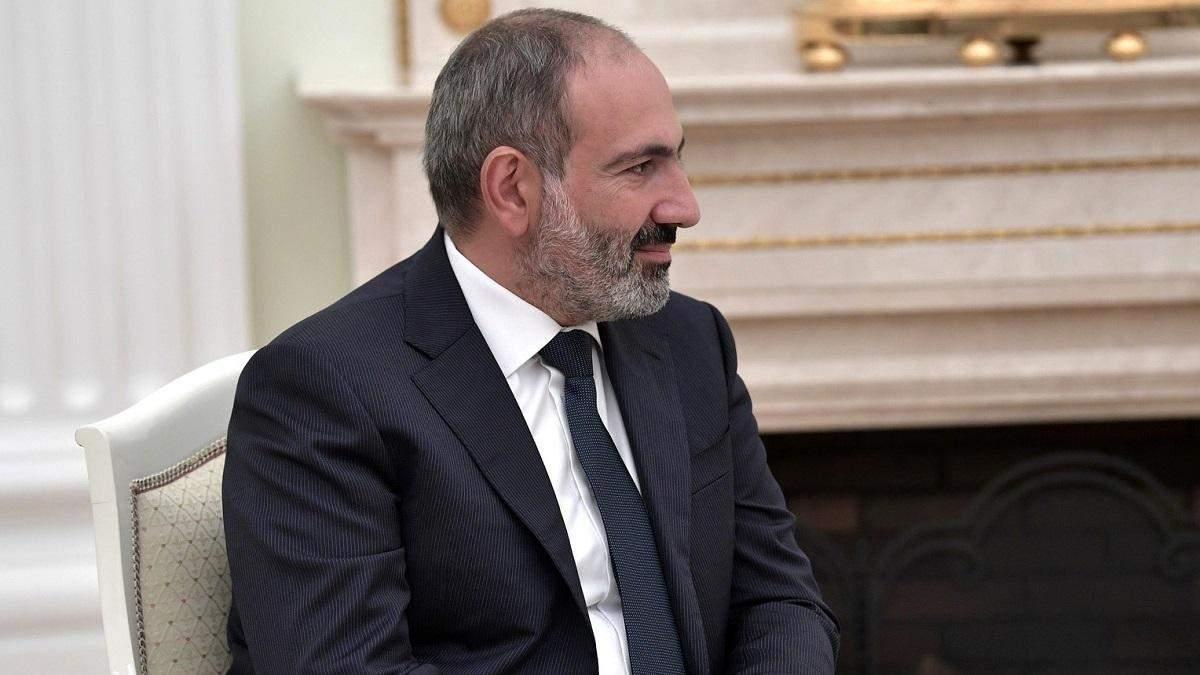 У Вірменії вимагають відставки Пашиняна до 12.11.2020: що відомо