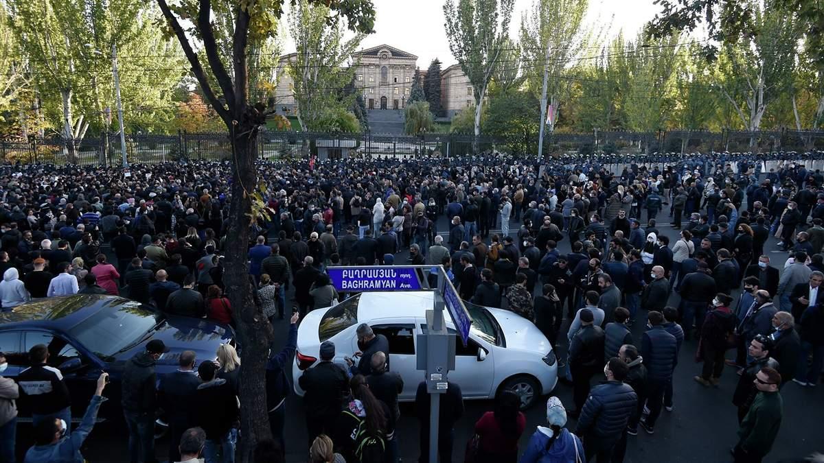 В Армении задержали 10 оппозиционных лидеров: в чем их обвиняют – видео