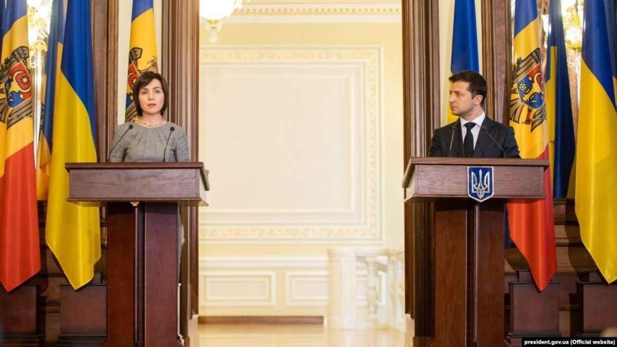 Зеленский поздравил Санду с победой на выборах президента Молдавии