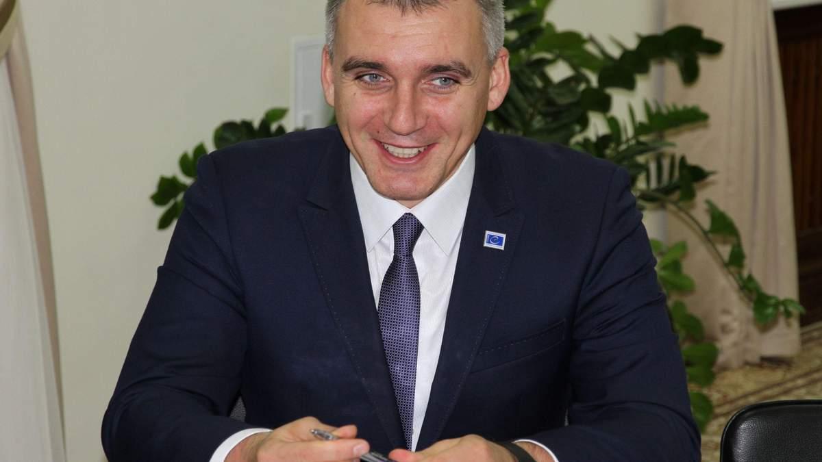 Стан мер Миколаєва Сєнкевича погіршився: COVID-19 дав ускладнення