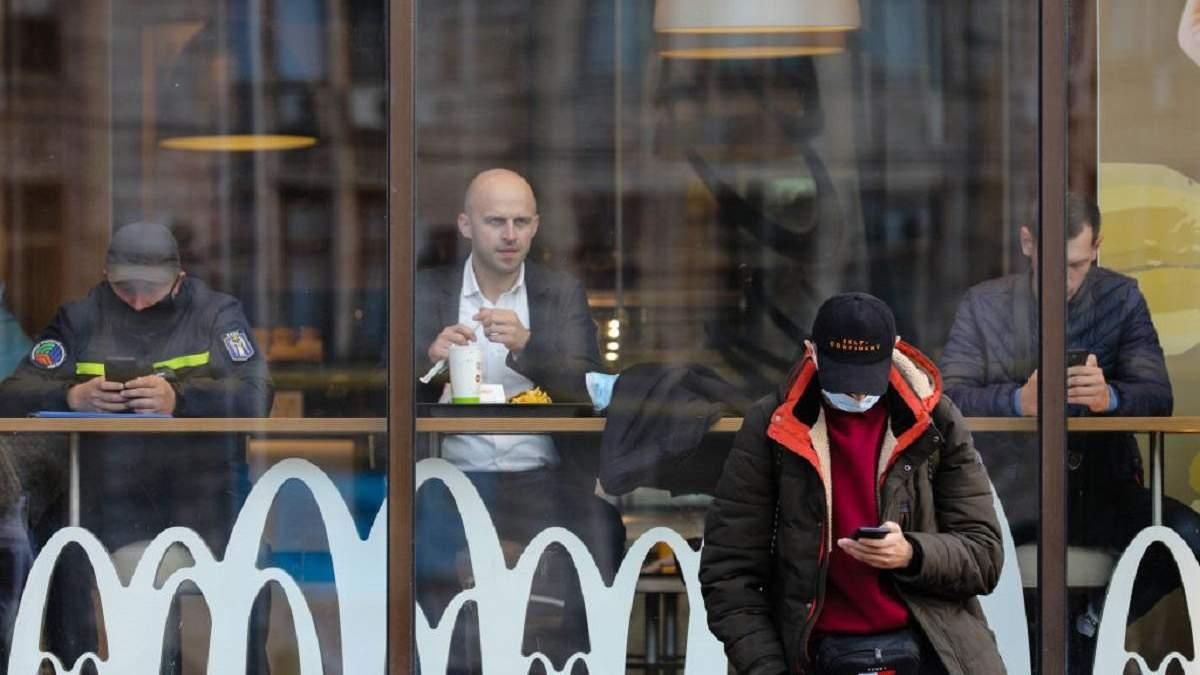 В Кабмине объяснили, почему закрывают рестораны на выходные