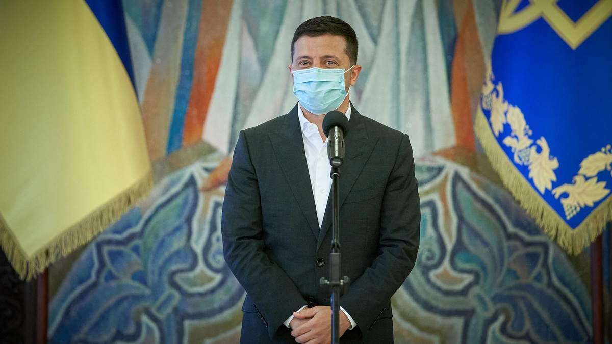 Зеленський підписав закон про штрафи за відсутність масок у громадських місцях і транспорті